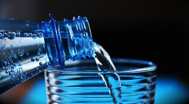 לסובלים משלשולים מומלץ להרבות בשתיית מים